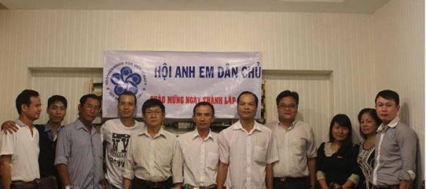 Một số anh em hội viên và bằng hữu miền Nam gặp mặt mừng ngày thành lập hội