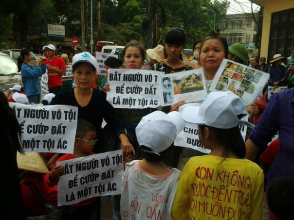 Dân oan khắp nơi ở Việt Nam Files photo