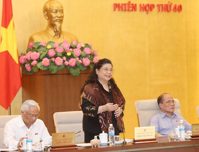 Phó Chủ tịch Quốc hội Tòng Thị Phóng tại phiên họp thứ 40 của Ủy ban thường vụ Quốc hội (Ảnh: ĐH)