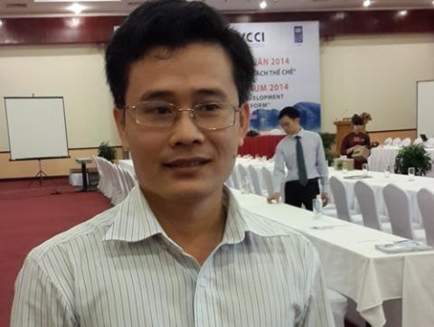 TS Đỗ Thiên Anh Tuấn - Giảng viên Chương trình Giảng dạy Kinh tế Fulbright