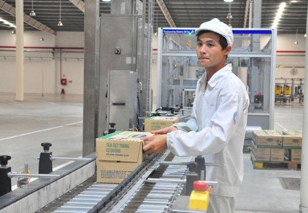 Nhà nước thoái vốn tại Vinamilk. Ảnh minh họa: Nhà máy sản xuất sữa nước của Vinamilk tại Bình Dương. Ảnh: Minh Tâm