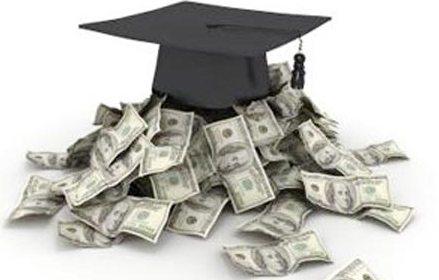 Ít tiền thì đừng mơ tưởng tới đỉnh cao học vấn. Ảnh minh họa