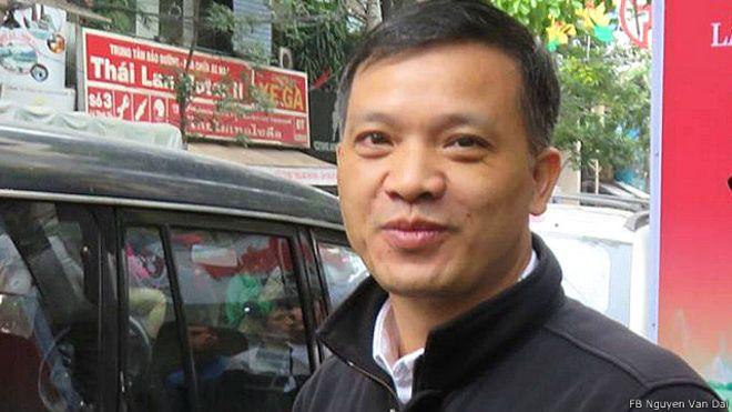 Luật sư Nguyễn Văn Đài bị bắt lại và truy tố vì tội 'tuyên truyền' chống nhà nước CHXHCN Việt Nam hôm 16/12/2015.