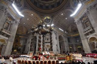 151224234519_pope_francis_celebrating_a_mass_on_christmas__624x415_afp_nocredit