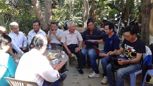 Các tổ chức xã hội dân sự tại miền Nam tham gia buổi lễ.