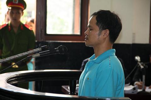 Bị cáo Minh tại phiên tòa. Ảnh: Tuổi trẻ
