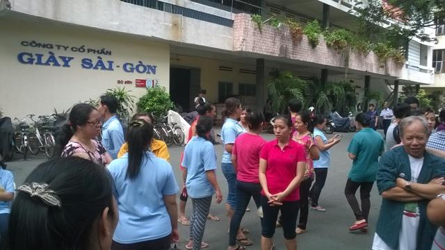 Công nhân Công ty Cổ phần Giày Sài Gòn sáng 21.01.2016