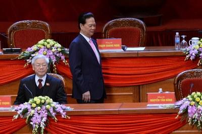 TT Nguyễn Tấn Dũng (đứng) tại Đại hội Đảng Cộng sản Việt Nam lần thứ 12 hôm 25/1/2016.