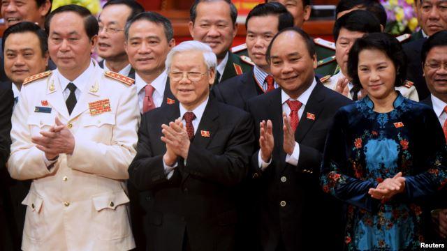 Dàn 'Tứ trụ' mới (từ trái): Chủ tịch nước Trần Đại Quang, Tổng Bí thư Nguyễn Phú Trọng, Thủ tướng Nguyễn Xuân Phúc và Chủ tịch Quốc hội Nguyễn Thị Kim Ngân.