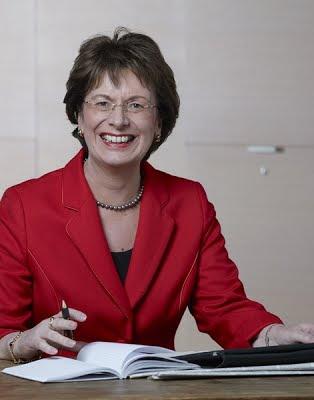 Nghị sĩ Marie-Luise Dött