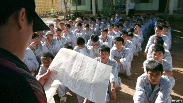 Các trung tâm cai nghiện ở Việt Nam đã bị chỉ trích vì điều kiện sống hà khắc