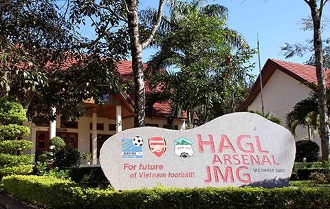 Hoàng Anh Gia Lai đã thế chấp cả khu liên hợp học viện bóng đá