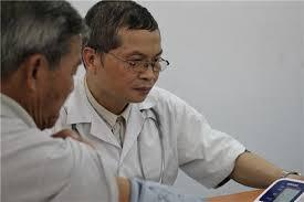 Bác sỹ Đinh Đức Long