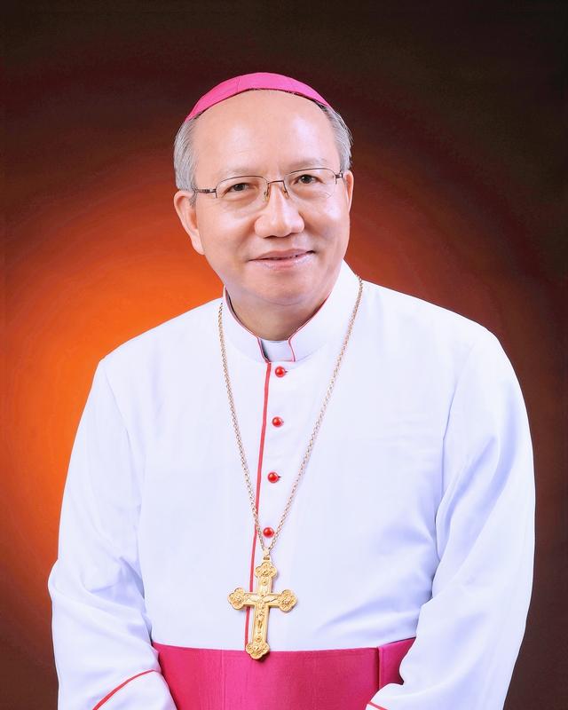 Giám mục Nguyễn Thái Hợp