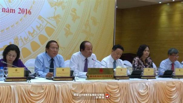 Tại cuộc họp báo thường kỳ Chính phủ