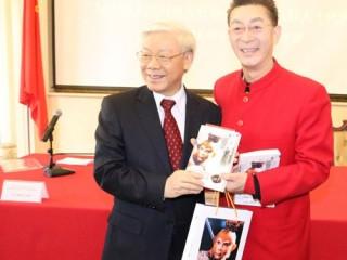 Nguyễn Phú Trọng , TBT Đảng gặp Lục Tiểu Linh Đồng, người đóng vai Tề Thiên Đại Thánh