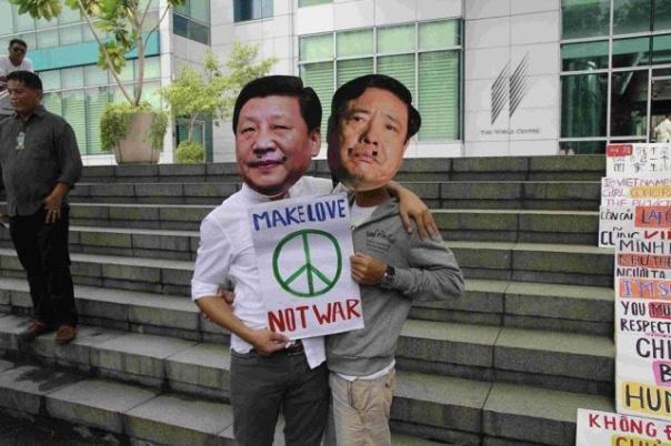 """Dan: """"Chính trị mà hài hước thì dễ tiếp cận hơn với người dân.""""  (Hình: Dan Nguyen)"""