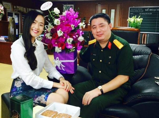 """Đại tá Phùng Quang Hải - con trai cựu Bộ trưởng quốc phòng Phùng Quang Thanh - bị dư luận xem là """"nhóm lợi ích quân sự cá mập"""" và có liên quan đến nhũng hoạt động kinh doanh ở sân bay quân sự Tân Sơn Nhất."""