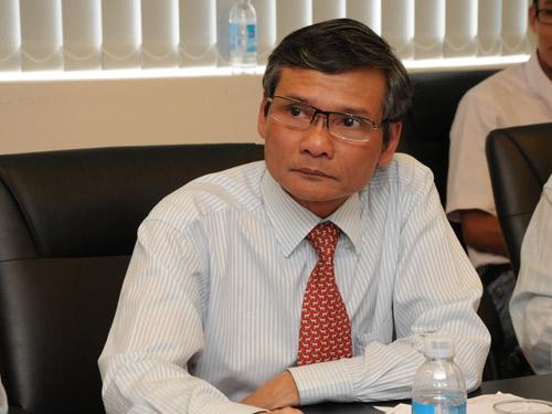Ông Trương Văn Phước: cần khoảng 25 tỷ USD để giải quyết nợ xấu. Ảnh báo Tuổi trẻ