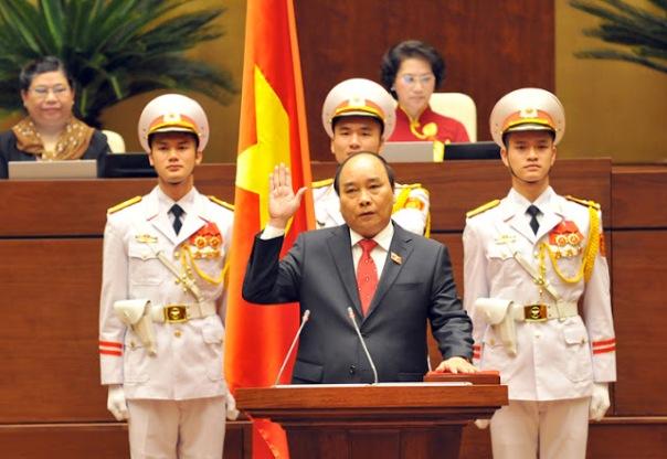 """Thủ tướng Nguyễn Xuân Phúc - một trong những nhân vật phải chịu trách nhiệm về """"thỏa    thuận bí mật với Formosa"""""""