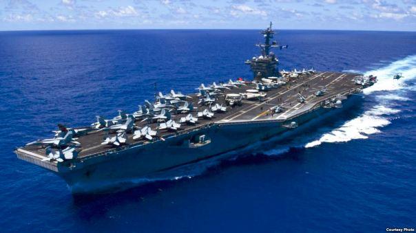 Hàng không mẫu hạm USS Carl Vinson.