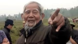 Cụ Lê Đình Kình trong lần gặp gỡ đại diện Viettel hồi đầu năm 2017 - hình lấy từ video clip