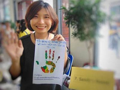 Cô Sandy Ngọc Nguyễn, người phát động chiến dịch Đừng Nói Không Với Nạn Xâm Hại Tình Dục Trẻ Em. Hình: facebook
