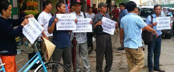 Biểu tình phản đối Vietcombank