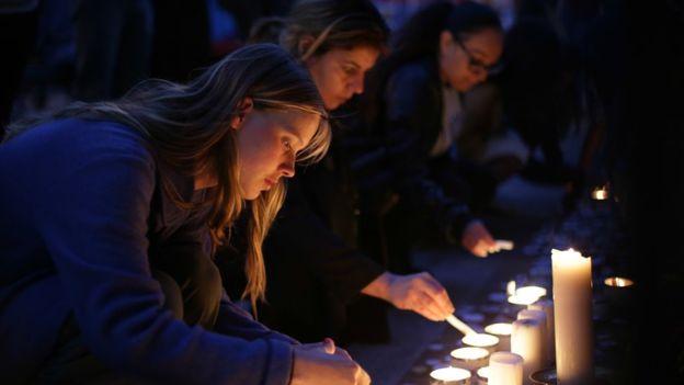 Tưởng niệm các nạn nhân vụ cháy