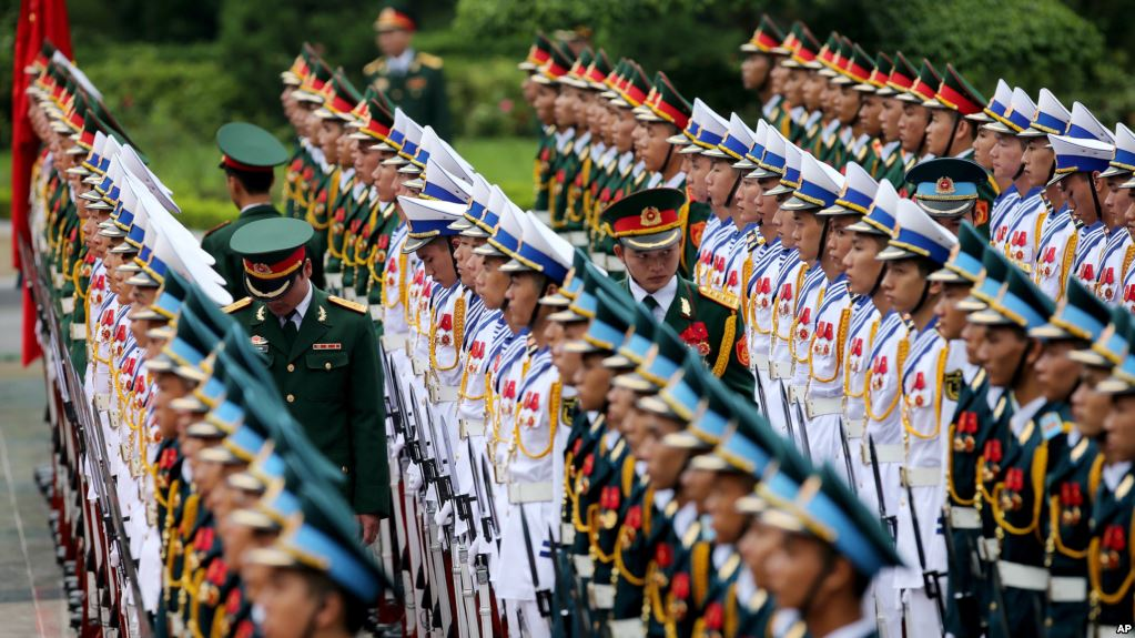 Các thành viên Quốc hội được biết tại một hội thảo hôm 6/6 ở Hà Nội rằng nhiều lãnh đạo tỉnh trong cả nước đã yêu cầu được là đối tượng bảo vệ của cảnh vệ.