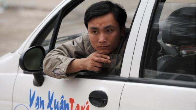 Uber và Grab Taxi ở Hà Nội được thừa nhận vượt trội taxi truyền thống?