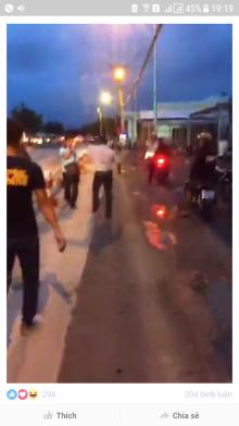 Trưởng công an xã ném đá phóng viên ở trạm thu phí Cai Lậy, Tiền Giang