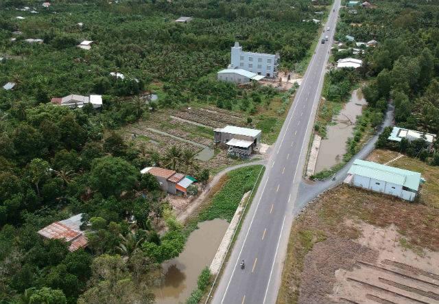 Tuyến tránh Quốc lộ 1 qua thị trấn Cai Lậy. Ảnh: H.D